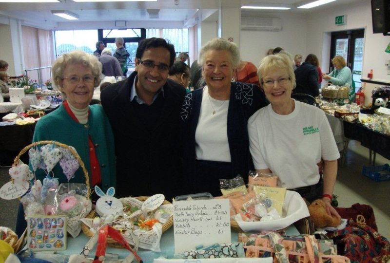 rehman_attends_macmillan_cancer_fair_at_millennium_centre_rainham.jpg